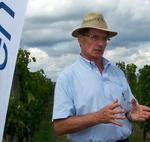 Légyottra hívott a Bayer az egri szőlőkbe!