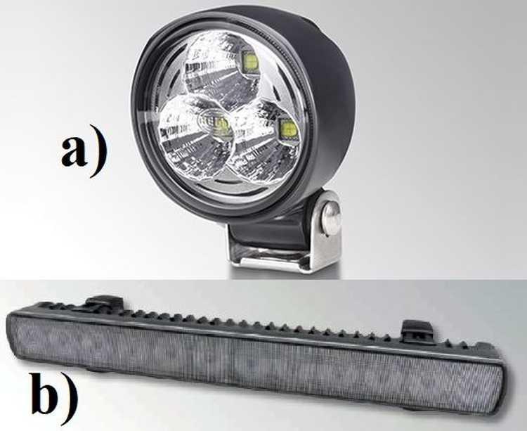 """3. kép. Az összehasonlításban szereplő LED-fényszórók képei; a) """"Modul 70 LED Gen IV"""", b) """"LED Lightbar 350"""" (forrás: www.hella.com/agriculture/)"""