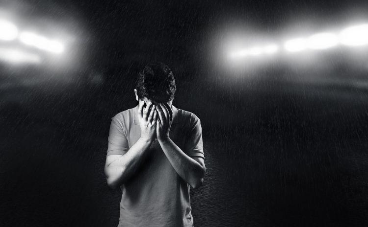 szomorú ember